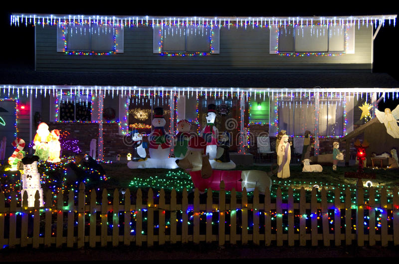 Bożonarodzeniowe światła dom obrazy royalty free