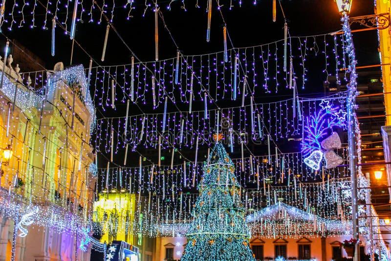 Bożonarodzeniowe Światła i Dekoracje zdjęcie royalty free