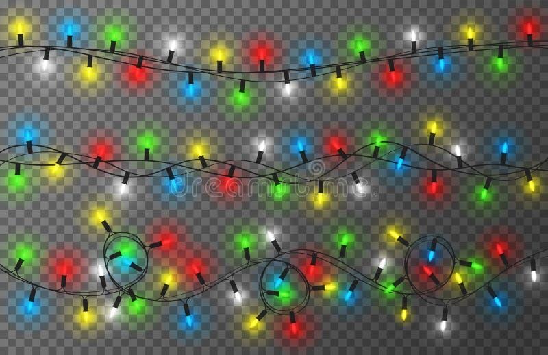Bożonarodzeniowe światła na przejrzystym tle Kolorowa, jaskrawa i rozjarzona Bożenarodzeniowa girlanda, dekoracja nowego roku royalty ilustracja