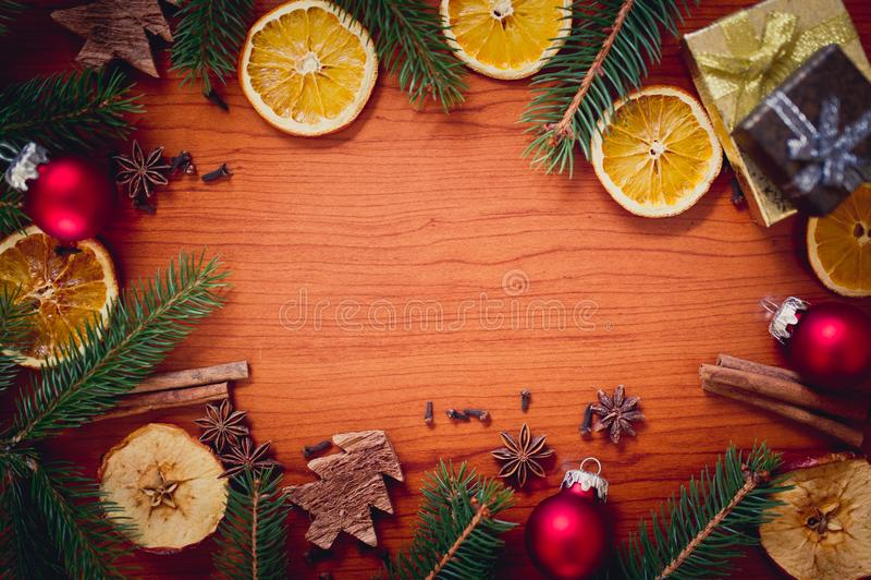 Bożych Narodzeń wciąż życie z owoc i pikantność zdjęcie royalty free