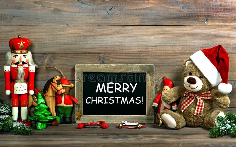 Download Bożenarodzeniowa Dekoracja Z Antyka Blackboard I Zabawkami Zdjęcie Stock - Obraz złożonej z moda, życie: 57673426