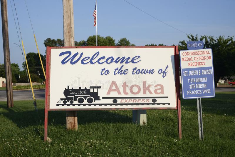 Boa vinda a Atoka, Tennessee fotos de stock royalty free