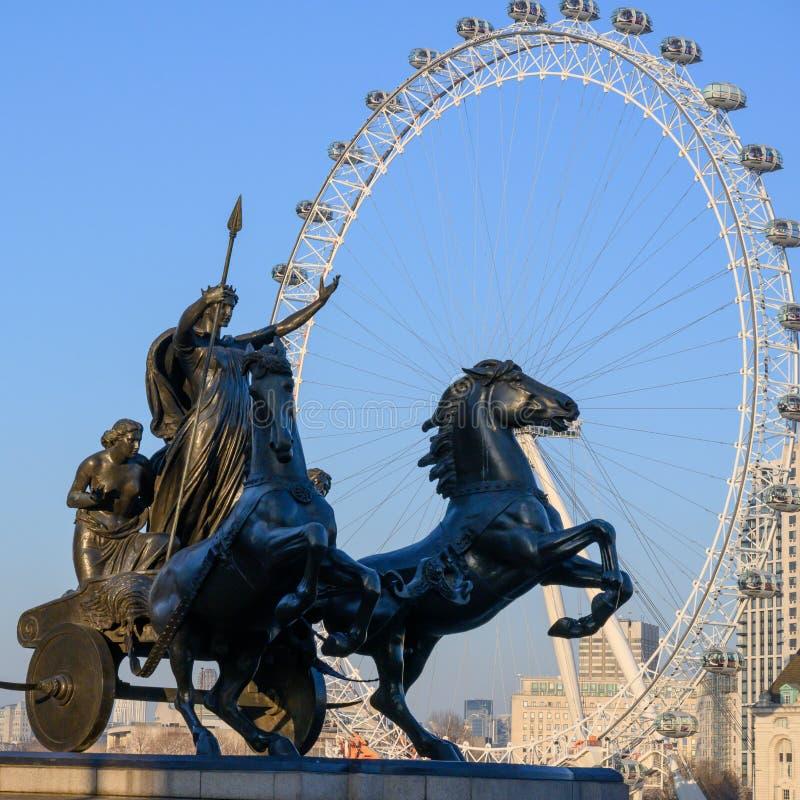 Boadicea en Haar Dochtersbeeldhouwwerk voor London Eye, Londen, Groot-Brittannië stock afbeelding