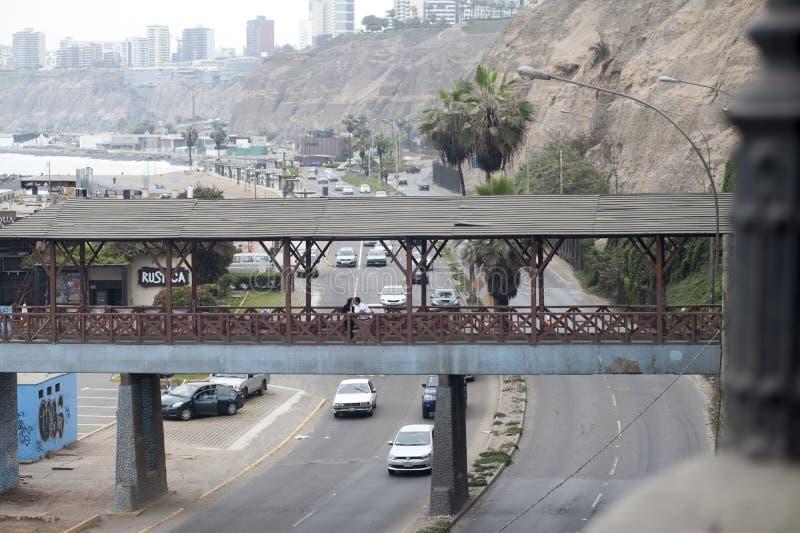 Boardwalk Barranco, Lima, Peru Widok most który przegapia ocean obrazy royalty free