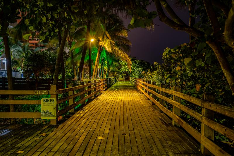 Boardwalk a Mid Beach, Miami Beach, USA fotografia stock