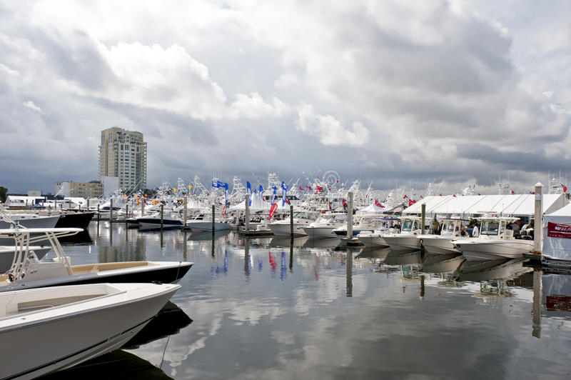 Download Boat Show Fort Lauderdale 2010 Editorial Photo - Image: 16870341