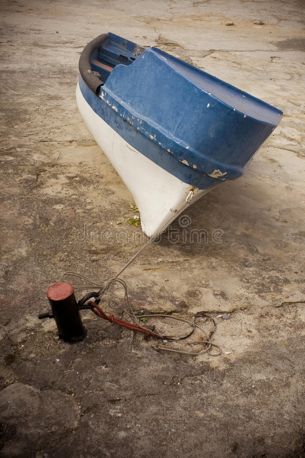 Download Row Boat Royalty Free Stock Image - Image: 15502566