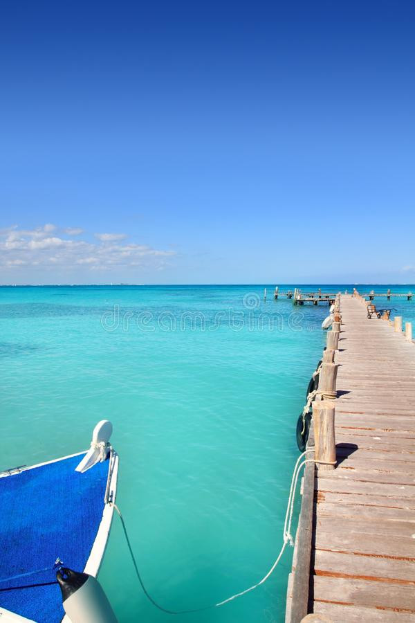 Download Boat In Wood Pier Cancun Tropical Caribbean Sea Stock Photos - Image: 18934813