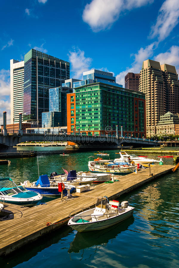 Free Boats And Docks In Fort Point Channel, Boston, Massachusetts. Stock Images - 47639094