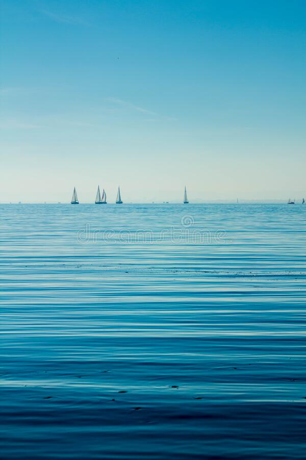 Boats On Body Of Water Under Blue Sky Free Public Domain Cc0 Image