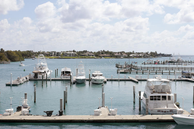 Download Boats Docked And Traveling In Jupiter Inlet Editorial Photo - Image of river, docked: 93883586