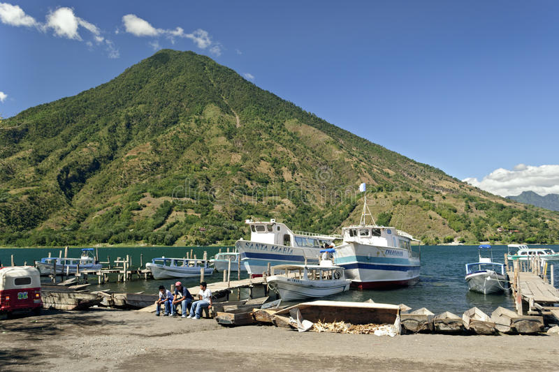 Download Boats In Harbor At Santiago Atitlan Editorial Stock Photo - Image: 25295433