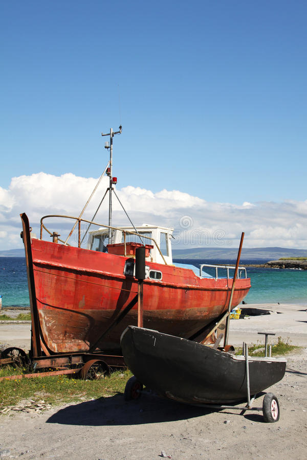 Download Boats in Inisheer stock image. Image of time, landmark - 33573437