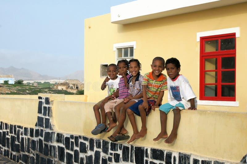 Boavista的,佛得角深色皮肤的孩子 免版税库存照片