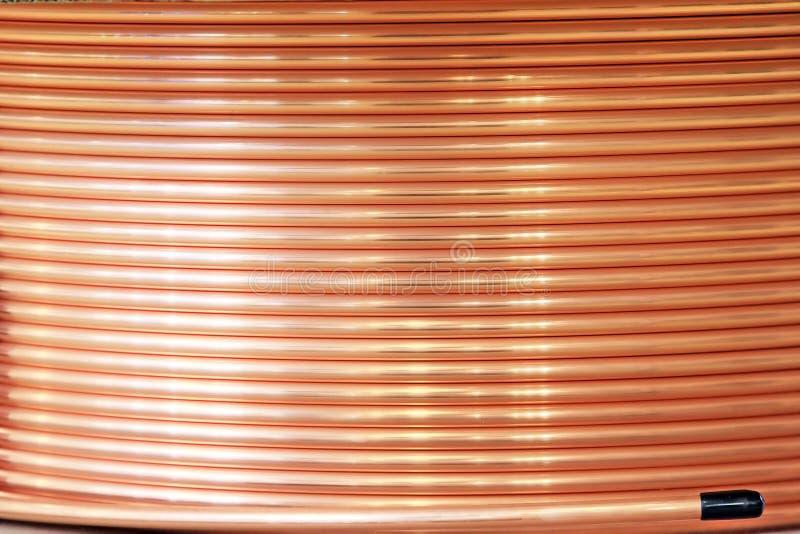 Bobina da tubulação de cobre foto de stock