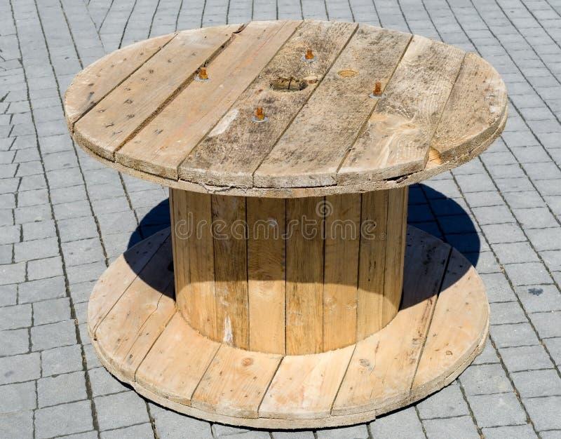 Bobina de cabo de madeira imagem de stock royalty free