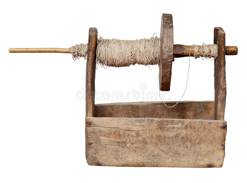 Bobina di legno ucraina antica - strumento per la produzione di filato fotografie stock libere da diritti