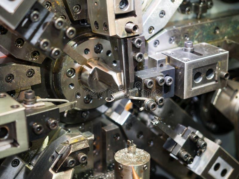 Bobina do CNC que sporing fazendo a máquina imagem de stock royalty free