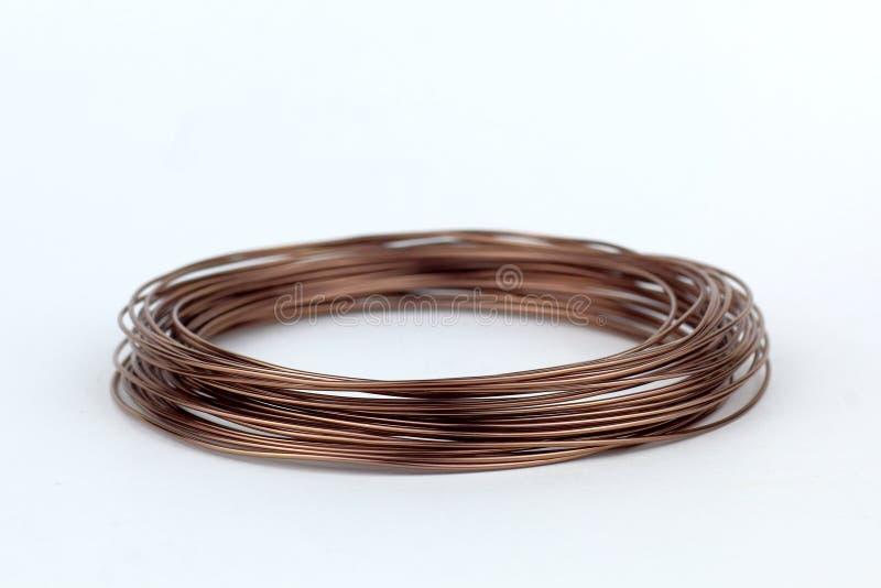 Bobina do fio com uma sugestão do cobre foto de stock