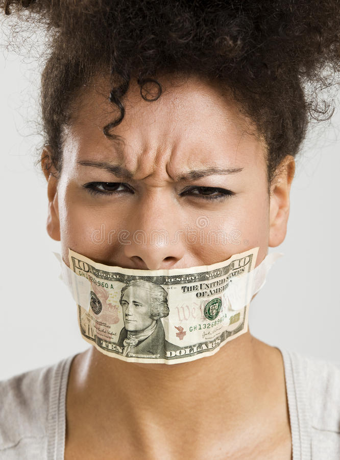 Boca da coberta com uma cédula do dólar imagens de stock