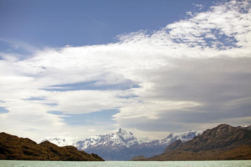 Boca del Diablo em Argentino Lake, Argentina fotos de stock royalty free