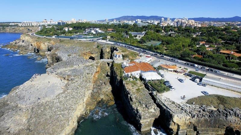 Boca hace el infierno, Cascais, Portugal imagen de archivo libre de regalías