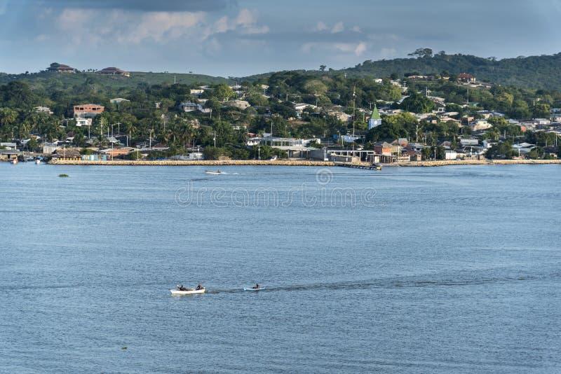 Bocachica Bocachica ö, Cartagena på gryning royaltyfria bilder