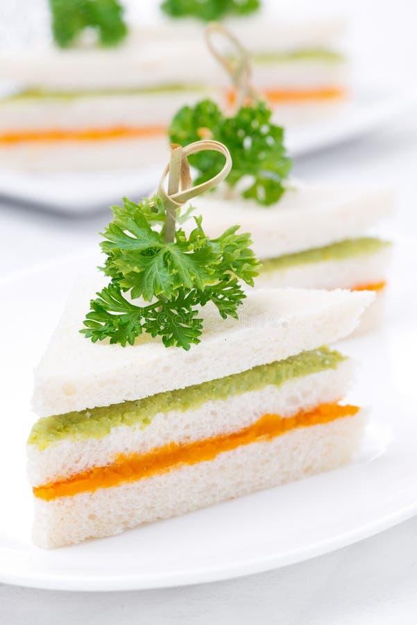 Bocadillo colorido vegetariano con el puré vegetal foto de archivo libre de regalías