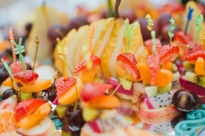 Bocados de la fruta imágenes de archivo libres de regalías