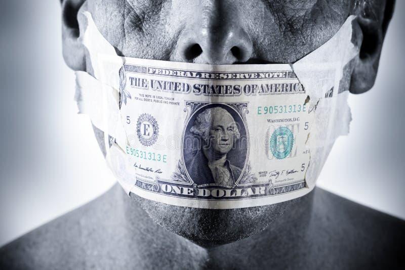 Download Bocca del fronte dei soldi fotografia stock. Immagine di frode - 56877820