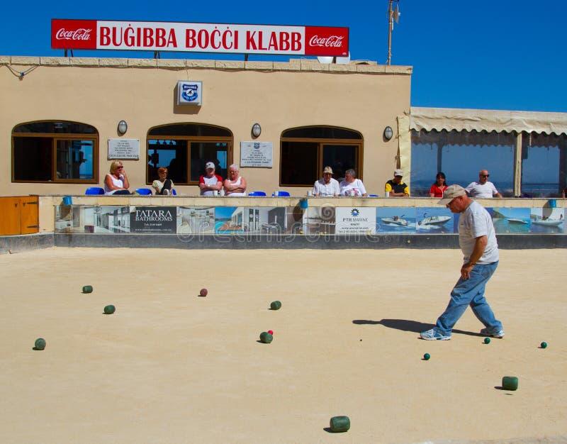 Download Bocci étant Joué Dans Bugibba, Malte Photographie éditorial - Image du spectateurs, joué: 76089637