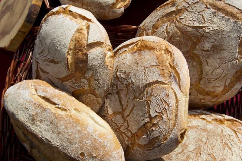 Download Bochenek chleb obraz stock. Obraz złożonej z przekąska - 28963773