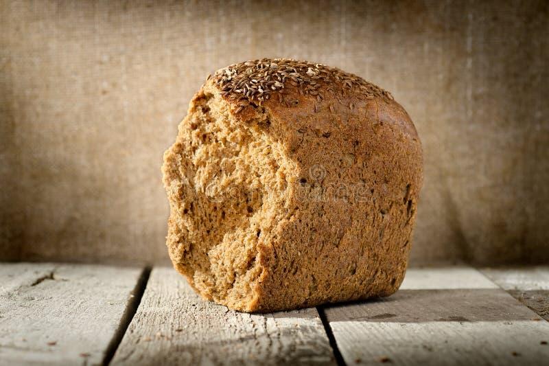 Download Bochenek żyto chleb obraz stock. Obraz złożonej z świeżość - 28971075