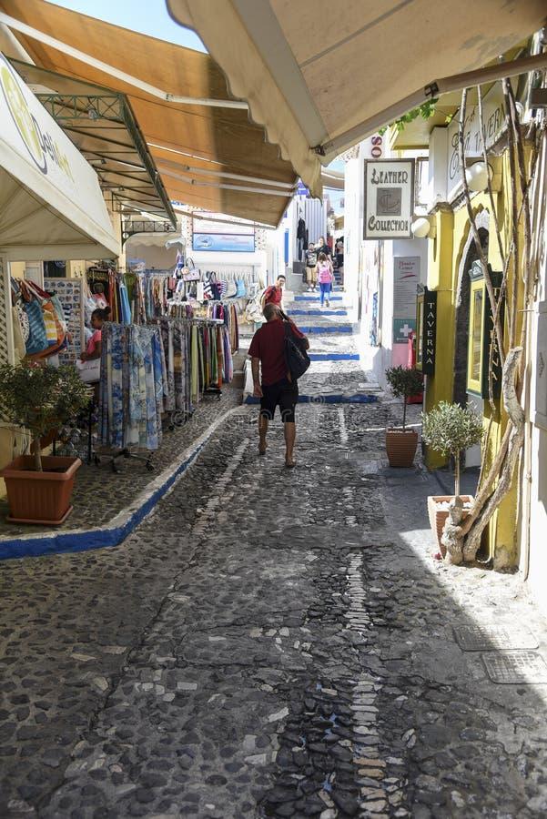 Boczna ulica w Thira Santorini zdjęcia stock