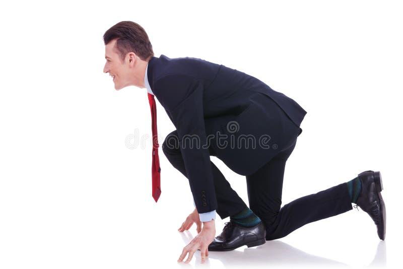 Boczny widok młody biznesowy mężczyzna przy początek fotografia stock