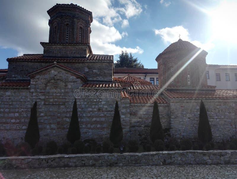 Boczny widok monaster Świątobliwy Naum w republiki północy Macedonia fotografia royalty free