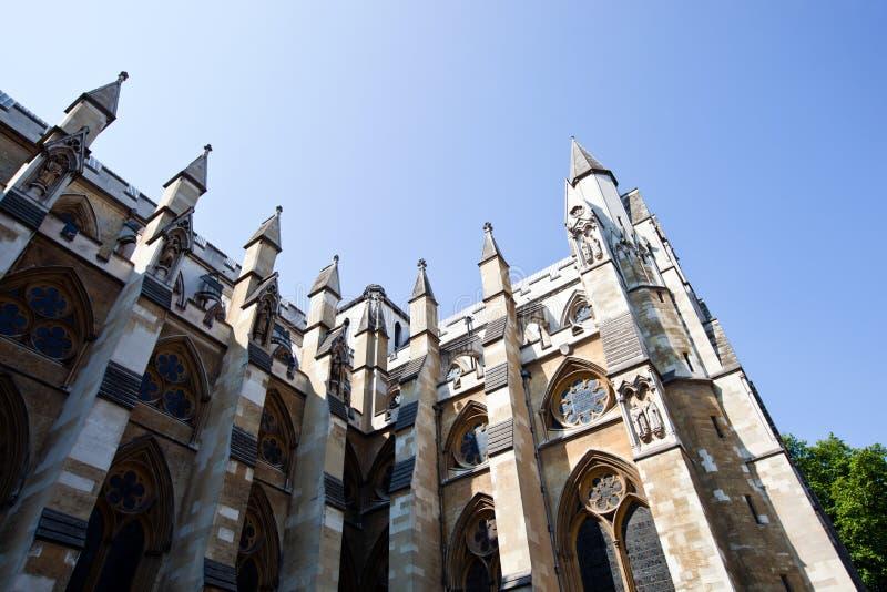 Boczny widok opactwo abbey i niebieskie niebo obraz royalty free