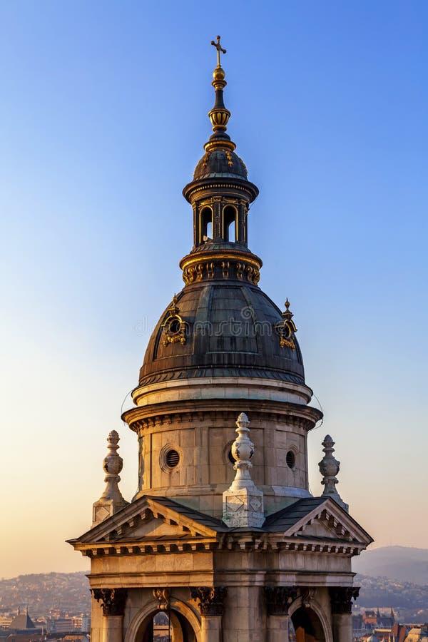 Boczny wierza St Stephen bazylika w Budapest zdjęcie royalty free