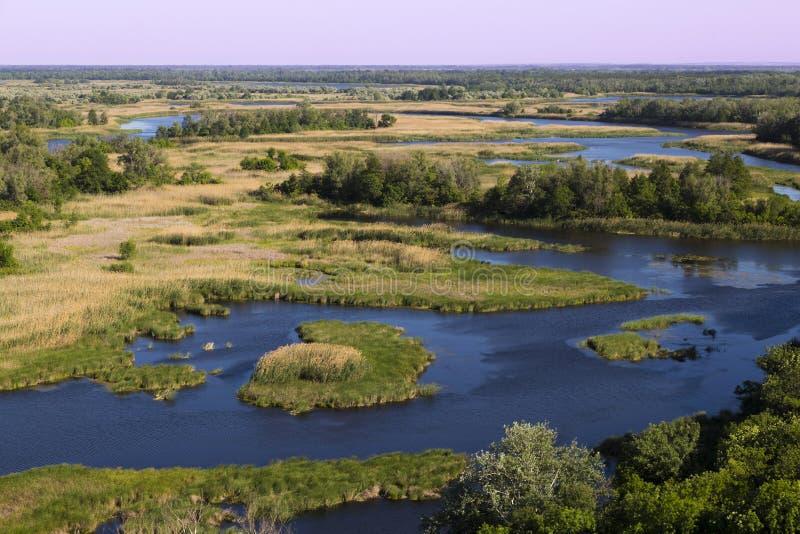 Bodemland van Vorskla-rivier Hoogste mening ukraine europa royalty-vrije stock foto's