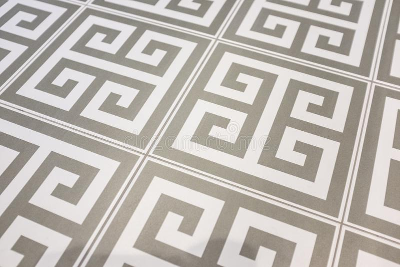 Bodenfliesen mit geometrischem Muster lizenzfreie stockfotografie