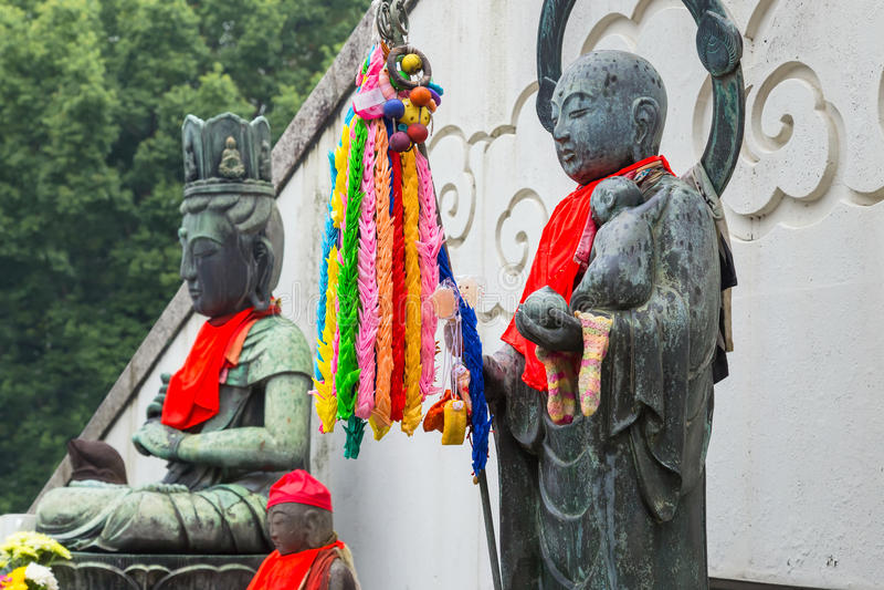 Bodhisattva de Jizo en el templo de Osu Kannon en Nagoya fotografía de archivo
