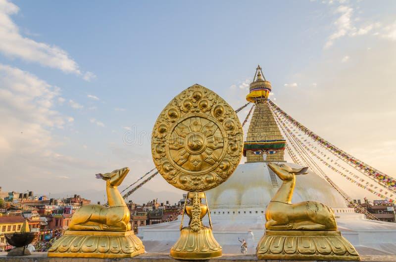 bodhnath brahma przodu złoty stupy symbol zdjęcie royalty free