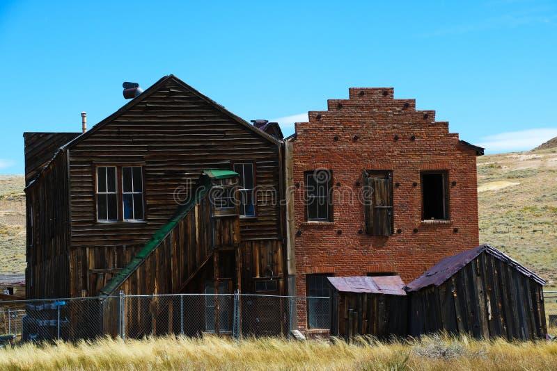 Bodie Ghost Town stadshus övergav den guld- bryta staden, Kalifornien arkivbild
