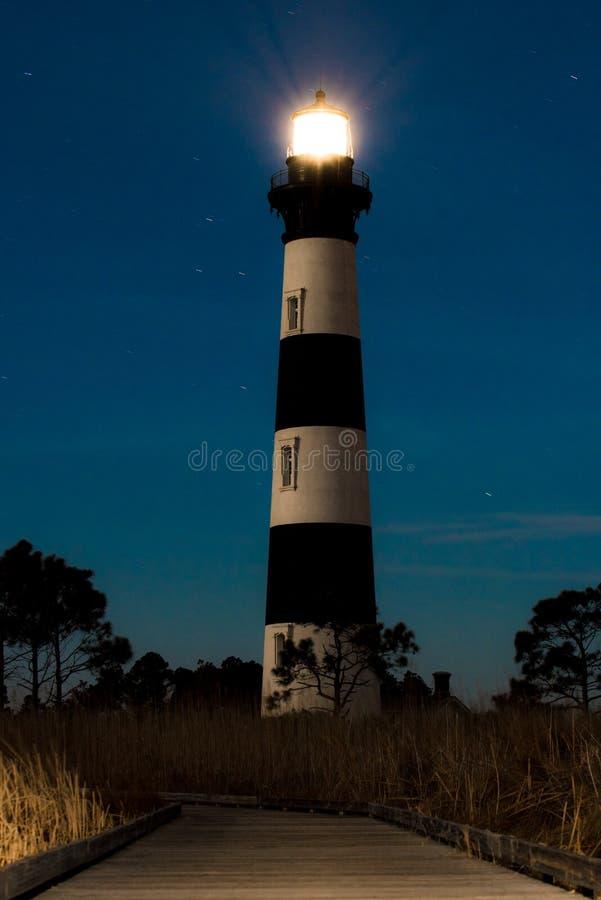 Bodie Island Lighthouse alla notte immagini stock libere da diritti