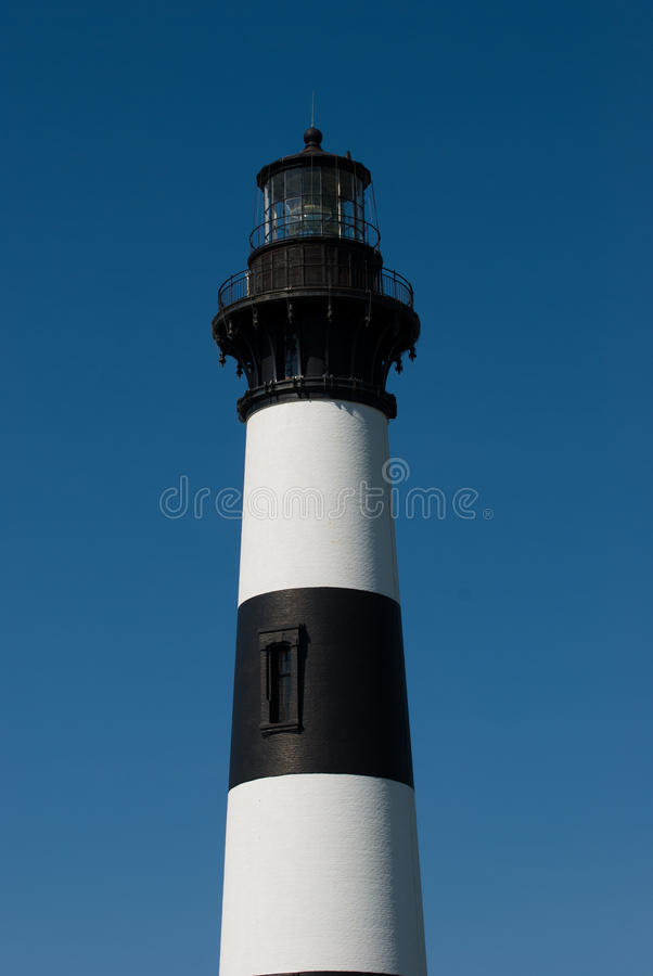 Bodie Island Lighthouse histórico no litoral nacional de Hatteras do cabo nos bancos exteriores de North Carolina fotografia de stock royalty free