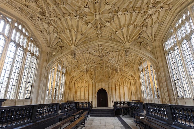 Bodleian Library. Image taken of Oxford´s divinity school in the bodlein library which was originally designed as a lecture room by Duke Humphrey between 1427 stock photos
