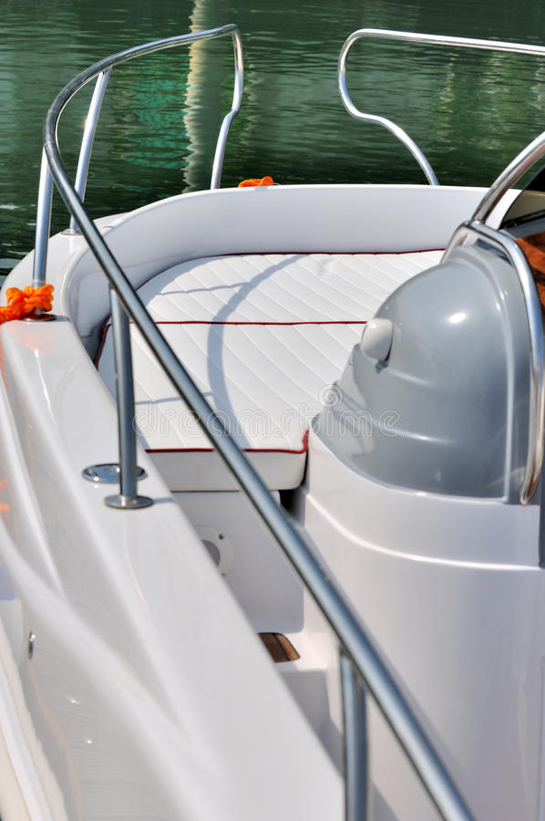 Download Body And Rail Curve Of Small Yacht Stock Photo - Image: 22405738