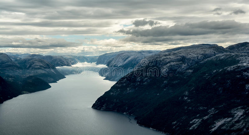 Body Of Water Between Mountains Free Public Domain Cc0 Image