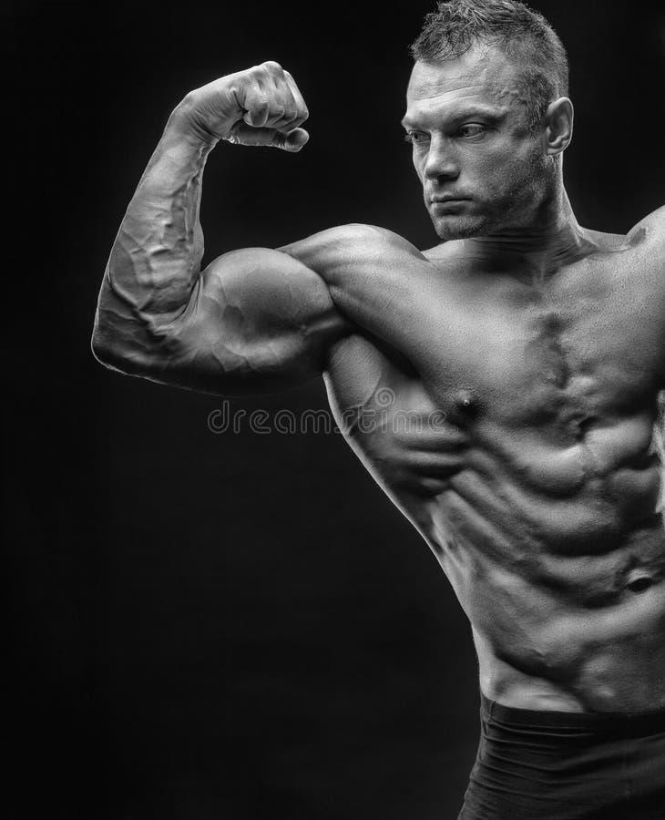 Bodybuilder foto de archivo libre de regalías