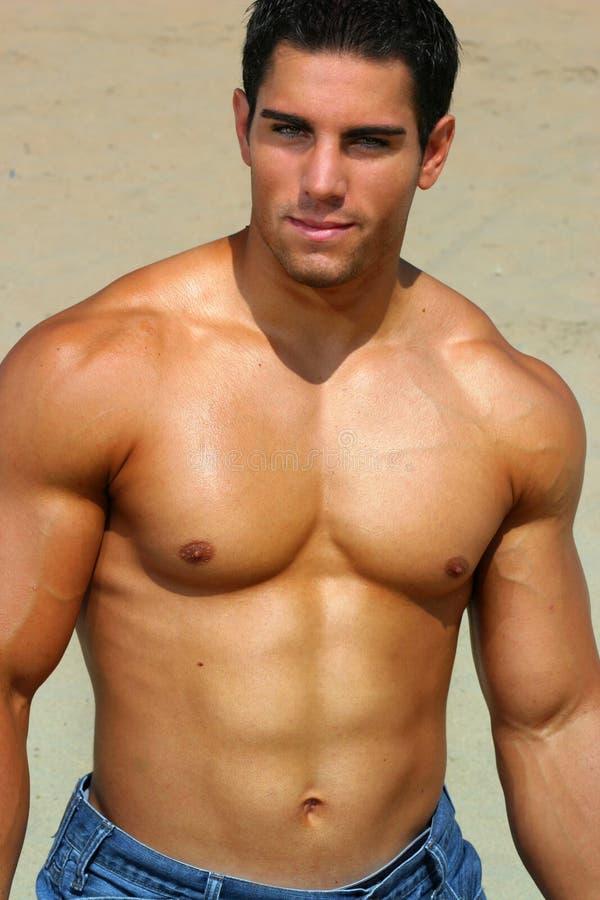 bodybuilder bez koszuli obraz stock